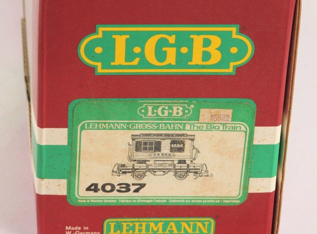 LGB 4037 CIRCUIS WAGON ON FLAT CAR - 3