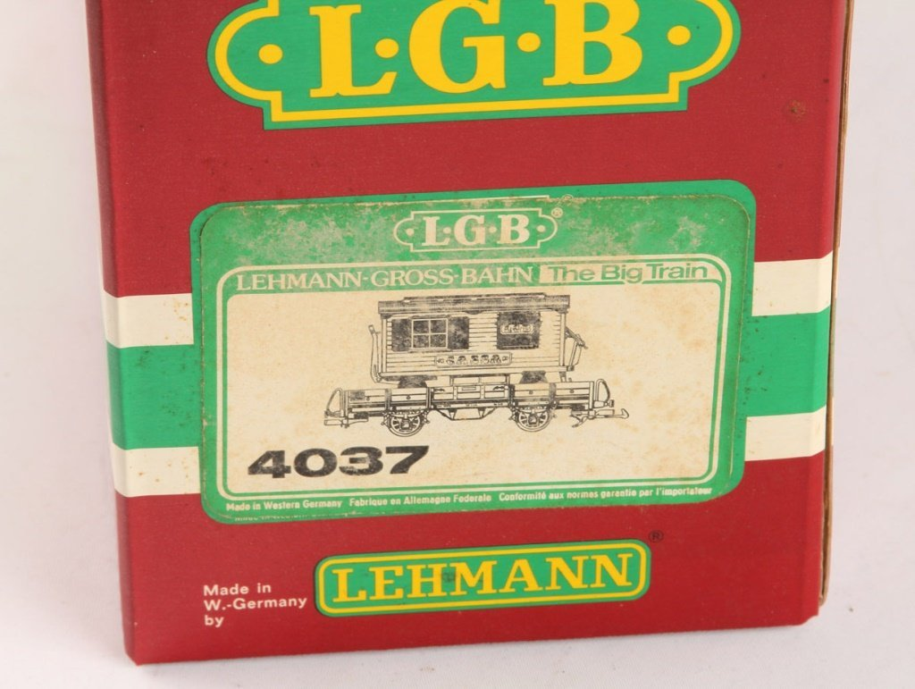 LGB 4037 CIRCUIS WAGON ON FLAT CAR - 3