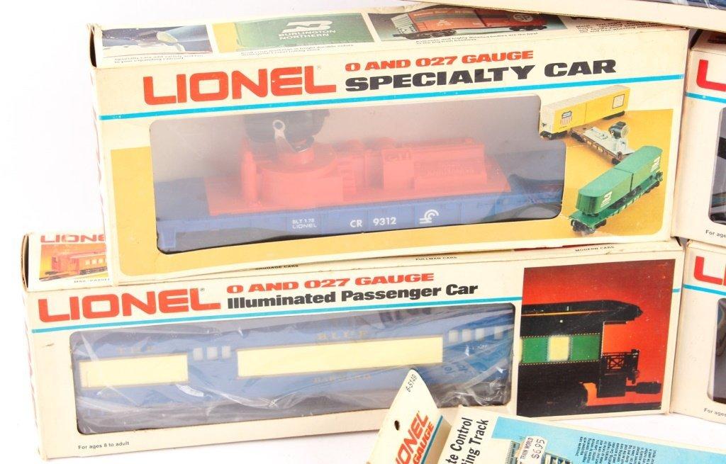 LOT OF SEVEN LIONEL TRAINS & ACCESSORIES - 3