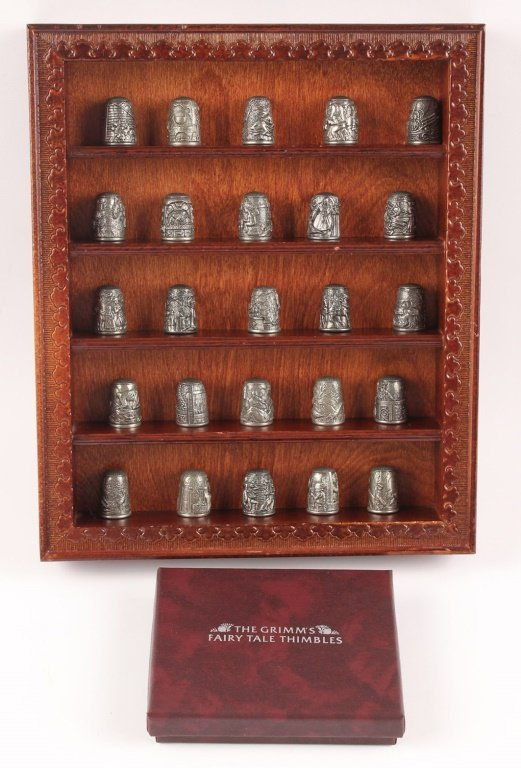 FRANKLIN GRIMMS FAIRY TALES THIMBLE COLLECTION