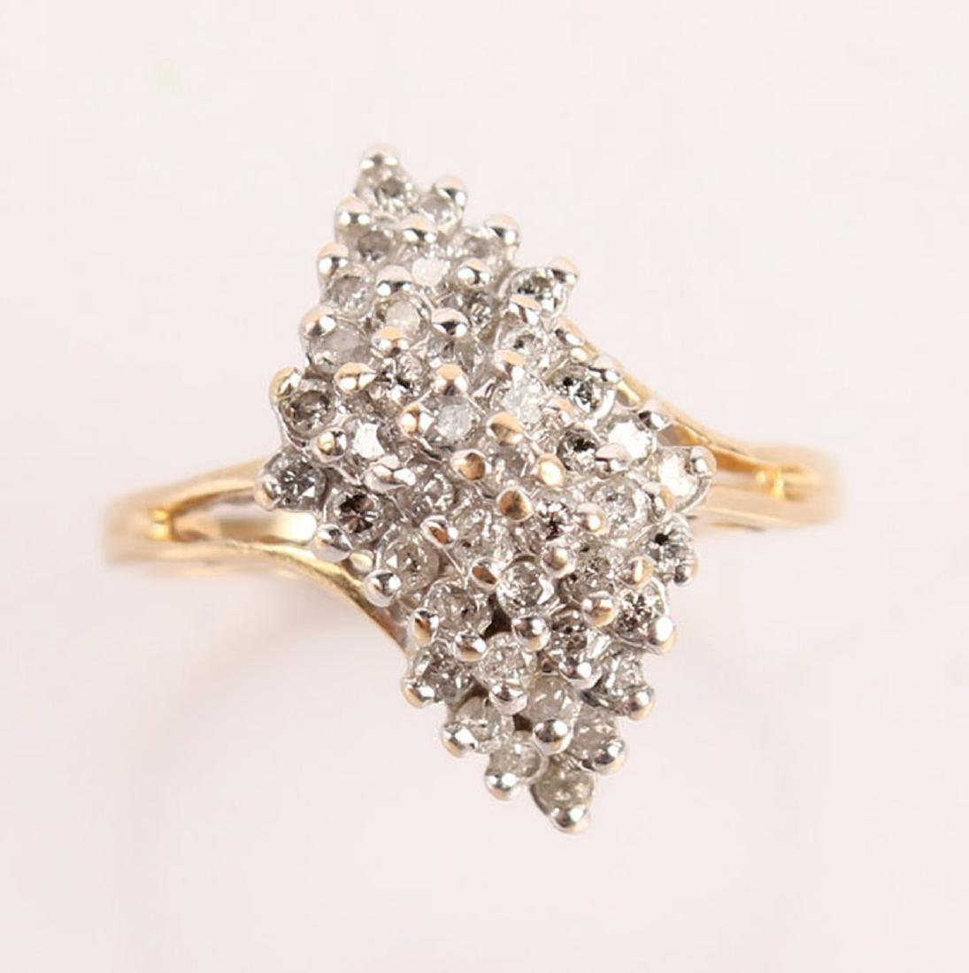 LADIES 14K YELLOW GOLD CLUSTER DIAMOND RING