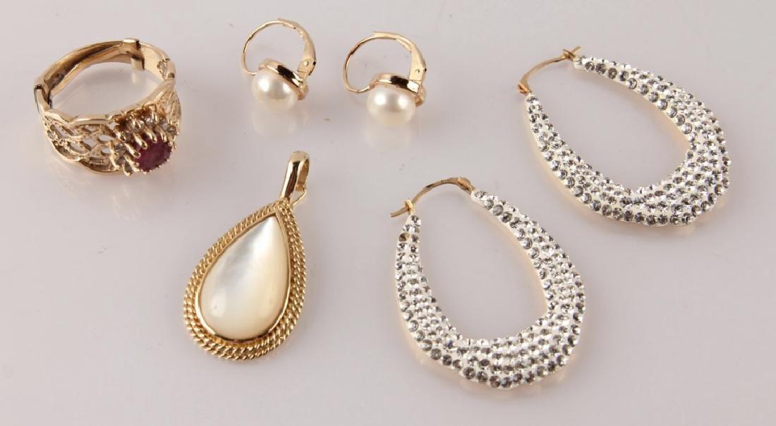 LADIES 14K GOLD JEWELRY PEARL RUBY DIAMOND