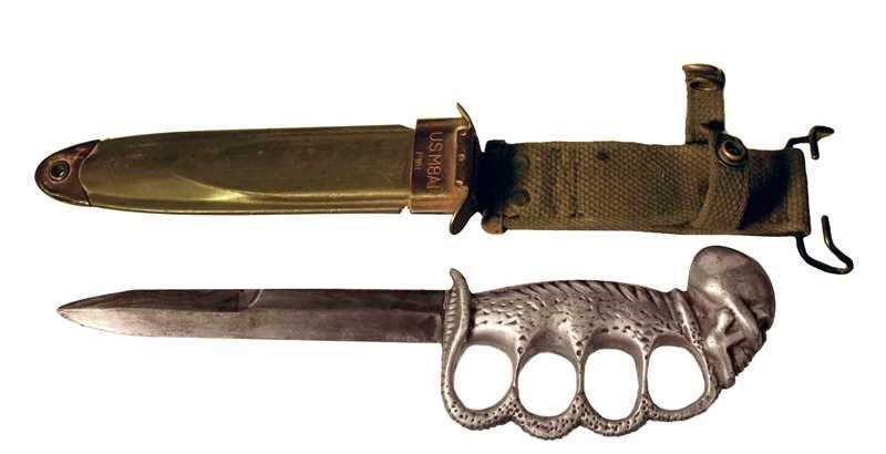 E W Stone Skull & Cobra M4 Fighting Knife