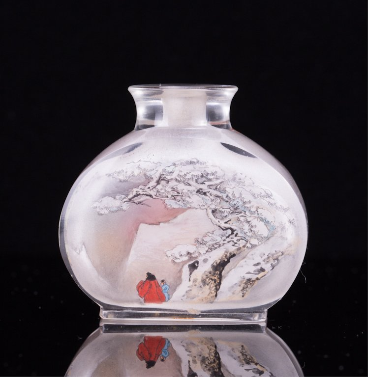 INTERIOR PAINTED PEKING GLASS SNUFF BOTTLE