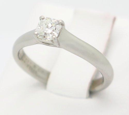 DESIGNER TIFFANY AND CO LUCIDA DIAMOND PLATINUM RING