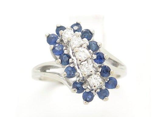 VINTAGE EXTREMELY ELEGANT DIAMOND & SAPPHIRE RING