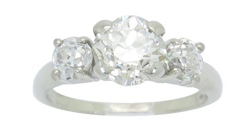 CAPTIATING 2.00CTW DIAMOND RING