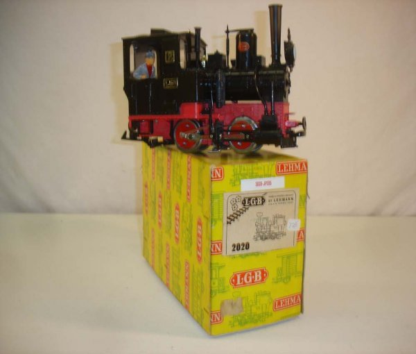 285: ABT: LGB #2020 0-4-0 Steam Switcher/Yellow Box