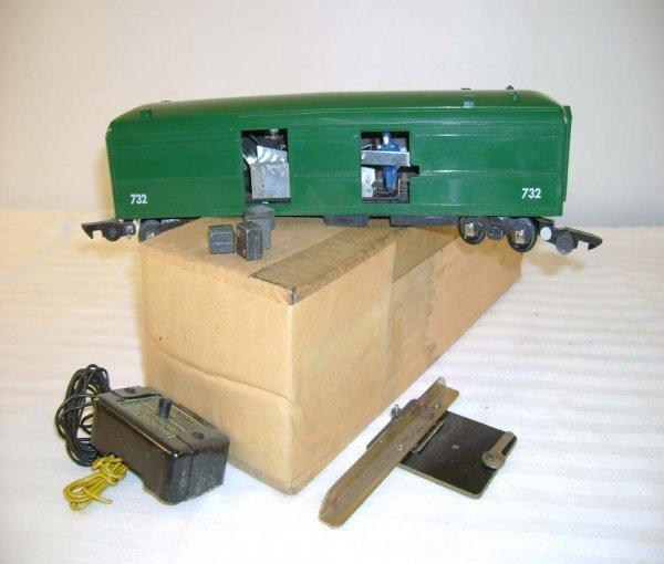 23: ABT: AF #732 Green Unloading Baggage Car/OB+