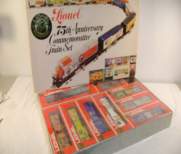318: ABT: Sealed Lionel #1585 75th Anniversary Set/OB
