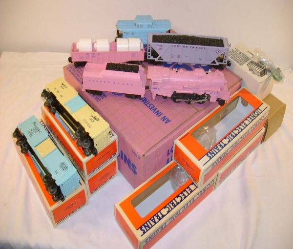 370: ABT: Mint Lionel #11722 Girl's Freight Set/Obs