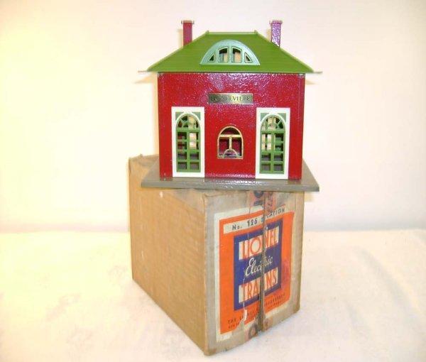 609: ABT: Lionel #126 Crackle Red Station/Nice Box