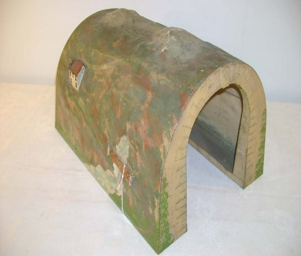 628: ABT: Nice Lionel #120L Metal Tunnel from the 1920s