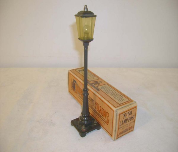 412: ABT: Lionel #56 BLACK Lamp Post/Brick Early Box