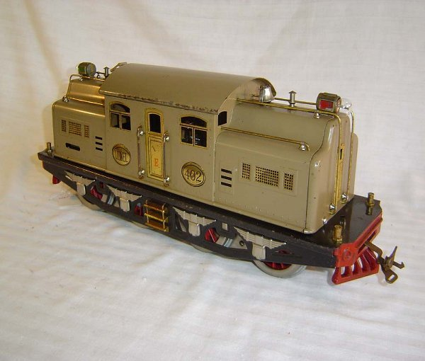 4: ABT4 Lionel Std #402 (E on Door) Mojave Engine