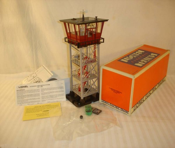 3: ABT: Mint Lionel #12702 Operating Control Tower/OB