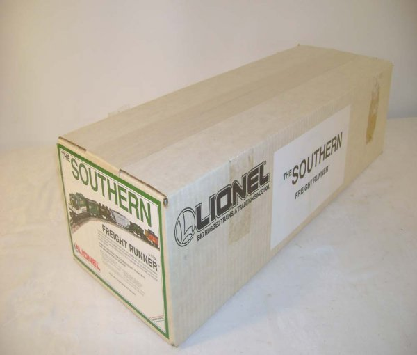 316: ABT: Sealed Lionel #11704 Southern Freight Set/OB