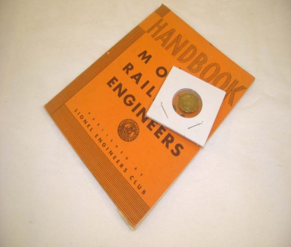 697: ABT: Lionel Engineers Club Pin & Handbook
