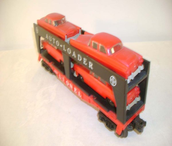 521: ABT: Lionel #6414 Auto Loader w/4 Red/Gray Autos