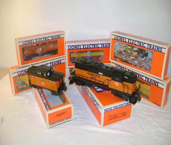 5: ABT: Mint Lionel #18500 MR GP-9 & 6 Cars/ Obs