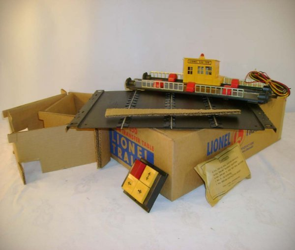 8: ABT: Mint Lionel #350 Operating Transfer Table/ OB+