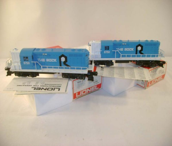 19: ABT: 2 Mint Lionel #8750 the Rock GP-9 Diesels/Obs