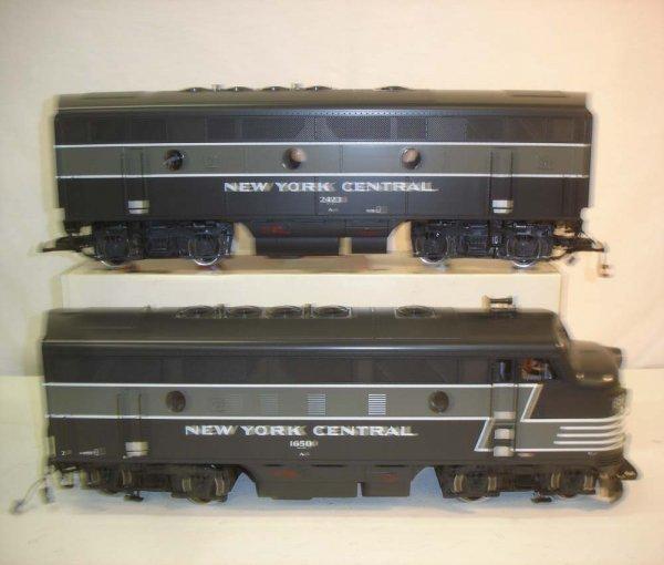 275: ABT: LGB NYC Passenegr Set in Silver Trunk - 3