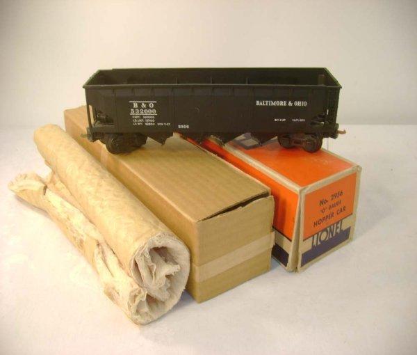 1044: ABT: Lionel #2956 Semi-Scale B&O Hopper/OB+