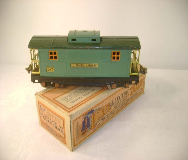 1052: ABT: Lionel #817 Peacock Caboose/Early OB