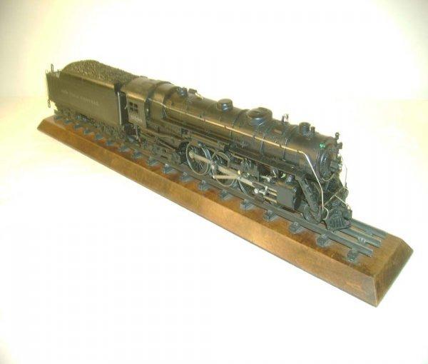 1075: ABT: Lionel #700E/700W Scale Hudson & Display Bd