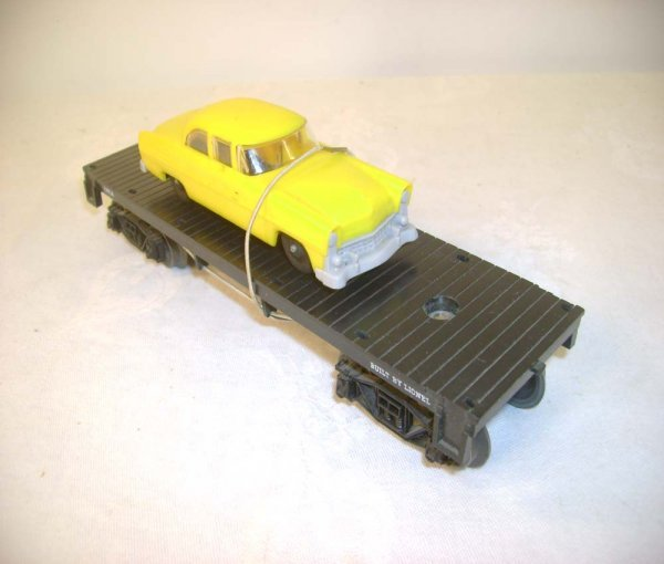 609: ABT: Lionel #6404 Flat w/Lemon-Yellow/Gray Auto