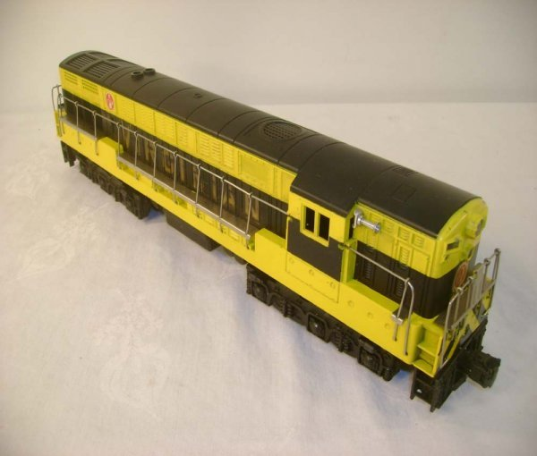 660: ABT: Lionel #2331 Black & Yellow Virginian FM