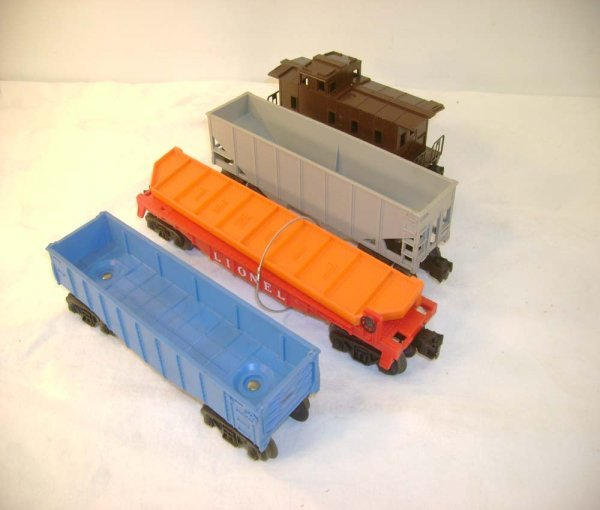 3: ABT: 4 Lionel Uncatalogued Freight Cars - 1960s
