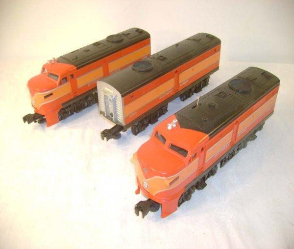 2: ABT: Lionel #8552 SP Daylight Alco ABA Diesels