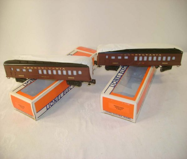 12: ABT: 2 Mint Lionel #19002 Pennsylvania Diners/OBs
