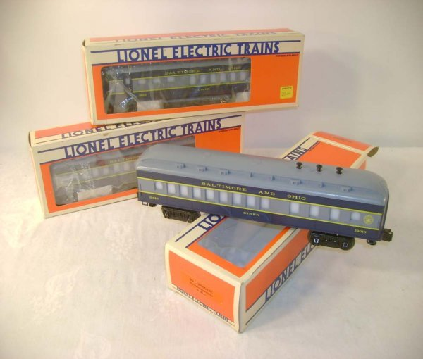 22: ABT: 3 Mint Lionel #19010 B&O Diners/Obs