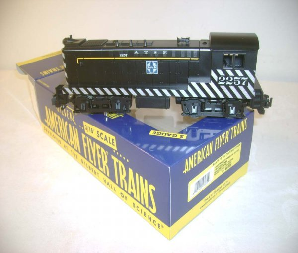 423: ABT: Mint Lionel/AF #48035 SF Baldwin Switcher/OB