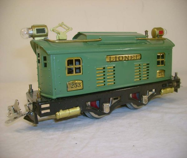 12: ABT: Lionel #253 Peacock Electric Engine (R)