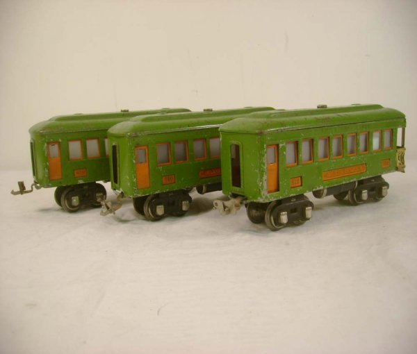 23: ABT: Lionel #610/610/612 Pea Green/Orange Passenger
