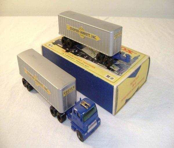 722: ABT: Mint Matchbox M-9 Interstate Double Freighter
