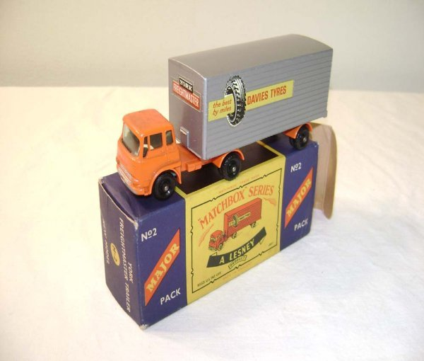 723: ABT: Mint Matchbox M-2 Bedford Tractor & York Trai