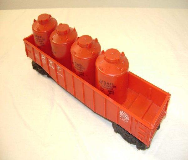 1005: ABT: Lionel #6562 w/4 BLACK Lettering Canisters