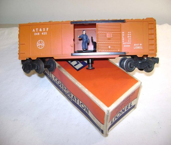 804: ABT: Lionel #3484-25 Oper. SF Type II Box Car/OB