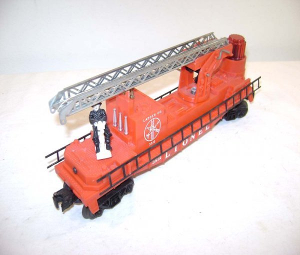 807: ABT: Nice Lionel #3512 Silver Ladders Fire Car
