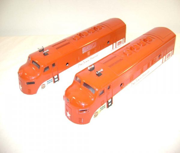 823: ABT: Two Lionel #2245 Texas Special F-3 Cabs