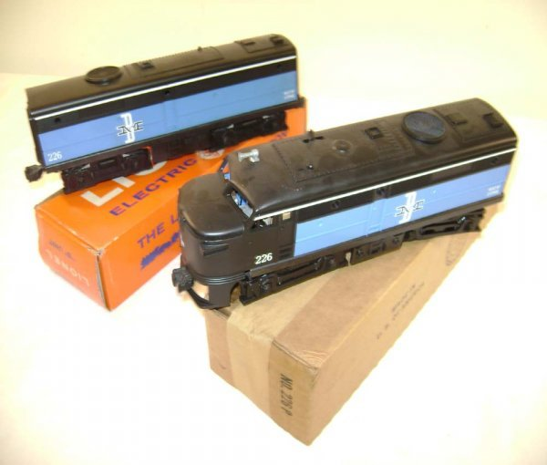 2: ABT: Mint Lionel #226P/C B&M Alco AB Diesels/OBs