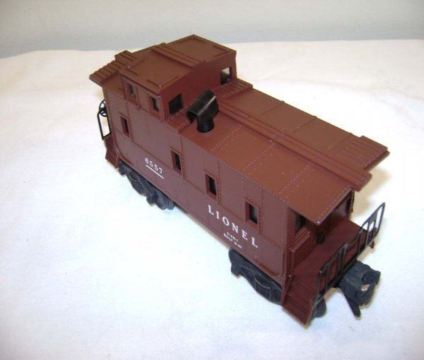 19: ABT: Lionel #6557 Chocolate Brown Smoke Caboose