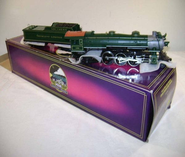 795: ABT: MTH Southern Crescent (1396) 4-6-2 & Tender /