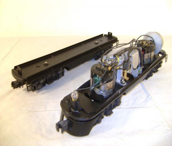 802: ABT: Lionel Chassis for #2373/2379P & F3 B-Unit
