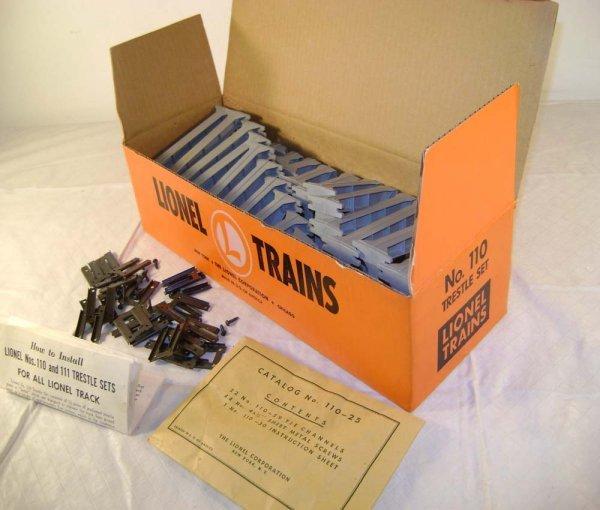 803: ABT: Lionel #110 Graduated Trestle Set/Orange OB+